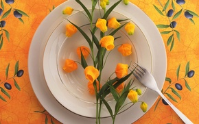 Картинка цветы, тарелка, вилка, натюрморт