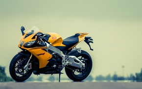 Картинка жёлтый, мотоцикл, aprilia, bike, yellow, априлия, rsv4, супеспорт