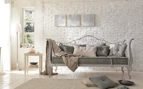 Картинка диван, интерьер, кирпич, ковка, кантри