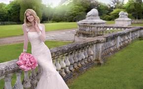 Картинка цветы, природа, улыбка, праздник, модель, платье, невеста, свадьба, Lindsay Ellingson