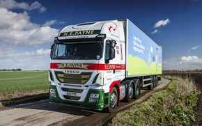 Картинка поле, небо, грузовик, фура, UK-spec, 2013, 6x2, Iveco, спецтехника, Stralis Hi-Way 460