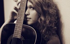 Картинка девушка, фон, гитара