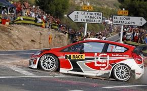 Картинка Ford, Красный, Авто, Люди, Поворот, WRC, Rally, Fiesta, RACC