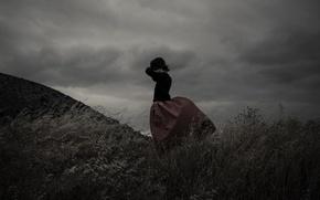 Картинка girl, storm, dress, field, clouds