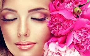 Обои девушка, цветы, лицо, улыбка, макияж