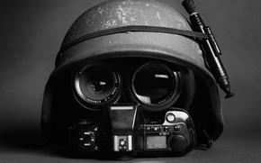 Картинка фотоаппарат, шлем, каска