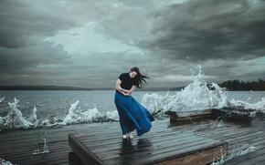 Картинка волны, девушка, тучи, шторм, ветер, стихия, Kelsie Taylor