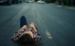 Обои асфальт, дорога, отдыхает, лежит