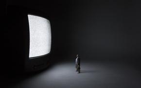Обои человек, фон, телевизор