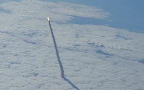 Обои старт, шаттл, космический, Endeavour, челнок, облака