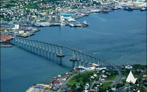 Обои Tromsø, вид сверху, мост, Норвегия, дома, река