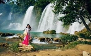 Картинка девушка, природа, водопад, прогулка, восточная