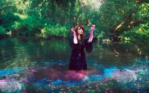 Картинка вода, девушка, краска, платье, Bleeding Colour