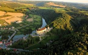 Картинка лес, горы, мост, природа, река, замок, дома, Чехия, Czech, republic, лето.
