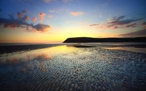 Картинка песок, море, небо, облака, закат, берег, отлив