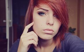Картинка девушка, макияж, пирсинг, рыжая, родинки