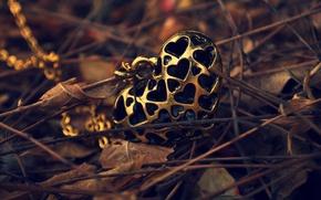 Картинка осень, листья, сердце, кулон, цепочка, сердечко, подвеска