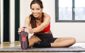 Картинка smile, look, fitness, slippers, elongation