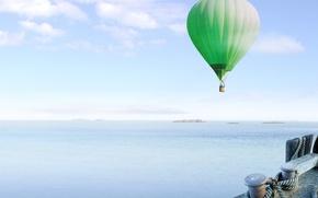 Обои море, воздушный шар