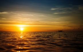 Картинка море, небо, пейзаж, закат, природа, лодки, sky, sea, landscape, nature, sunset, солнечные лучи, boat, sunbeams, ...