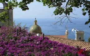 Картинка крыша, море, деревья, цветы, дом, корабль, гора, Италия, купол, Позитано, Салерно