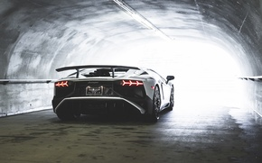 Картинка Light, lamborghini, White, Aventador, Tunnel