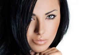 Обои look, model, brunette, eyes