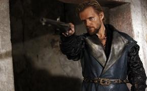 Картинка пистолет, Сериал, Мушкетеры, The Musketeers, Marc Warren, Rochefort, Рошфор