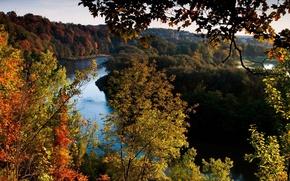 Картинка осень, лес, небо, листья, деревья, пейзаж, река