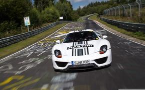 Картинка белый, фон, Prototype, Porsche, прототип, Порше, Spyder, 918, гоночный трек, передок, Спайдер, Nurburgring, Нюрбургринг