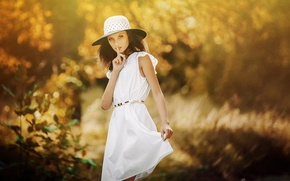 Картинка платье, шляпка, знак тишины, Mary