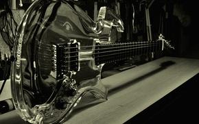 Картинка отражение, гитара