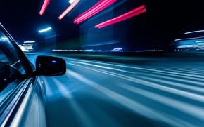 Картинка отражение, дорога, полосы, город, огни, радиус, ночь, малый, feel of speed, поворот, макро, свет, скорость, ...