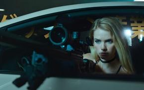 Картинка машина, взгляд, девушка, блондинка, прицел, снайперская винтовка