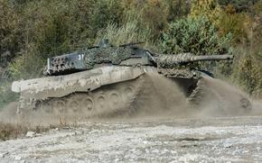 Обои грязь, танк, боевой, Leopard 0, маневры