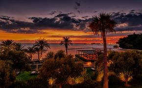 Картинка море, небо, облака, деревья, закат, огни, тропики, пальмы, побережье, вечер, горизонт, курорт, Кипр