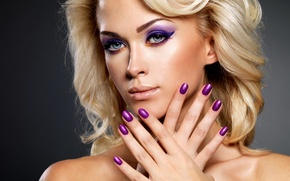 Картинка blonde, makeup, painted nails