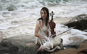 Обои скрипка, девушка, берег, море