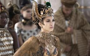 Обои Боги Египта, Gods of Egypt, Elodie Yung, Элоди Юнг, наряд, украшения, корона, фэнтези
