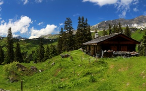 Картинка небо, трава, облака, деревья, горы, Швейцария, Альпы, домик, солнечно
