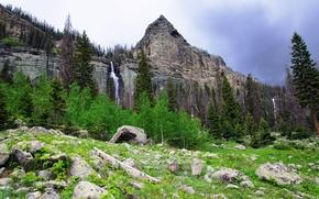 Картинка небо, деревья, горы, камни, водопад, пик