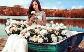 Картинка девушка, цветы, природа, озеро, лодка, розы, платье