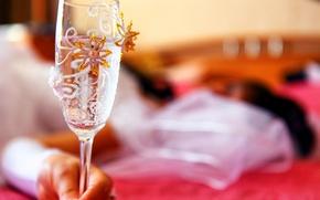 Картинка вода, настроение, праздник, узор, бокал, рука, украшение, роспись, свадьба