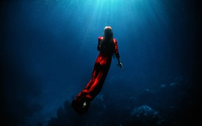 Обои TJ Drysdale, под водой, девушка, в красном, Ascent