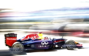 Картинка Гонщик, Formula 1, Red Bull, Sebastian Vettel, Чемпион, RB10