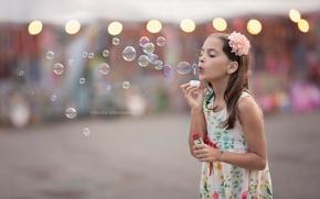 Картинка пузыри, улица, девочка