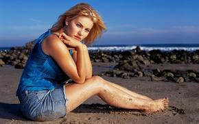 Картинка песок, пляж, актриса, elisha cuthbert, элиша катберт