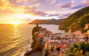 Картинка море, закат, горы, побережье, дома, красота, Италия, sea, Italy, coast, sunset, mountains, beauty, houses, Vernazza, …