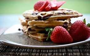 Обои широкоэкранные, десерт, сладкое, HD wallpapers, обои, вафли, ягоды, полноэкранные, background, fullscreen, клубничка, клубника, ягода, широкоформатные, ...