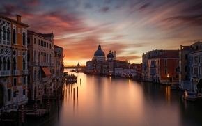 Картинка свет, Италия, дома, город, Гранд-канал (Большой канал), выдержка, огни, вечер, ночь, Венеция